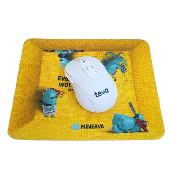 פד מטלית ממותג לעכבר